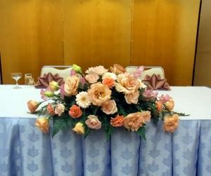 メーンテーブルの花