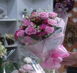 バレエの発表会用の花束 ブーケ風