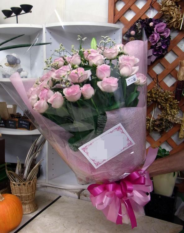 お誕生日のお祝いに ピンク系の花束