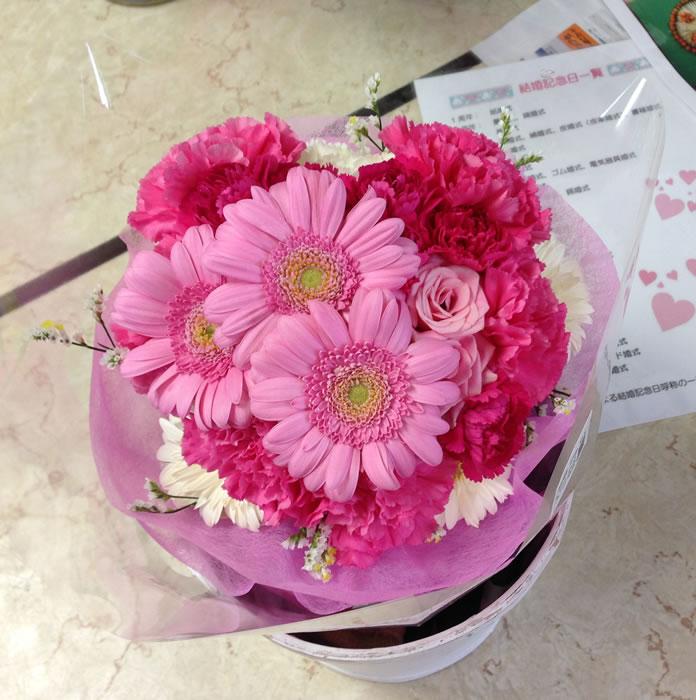 ハート型花束 ピンク系